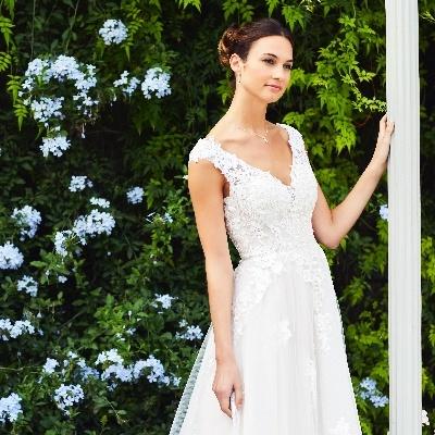 Izzi Stockton Bridal opens new Taunton shop, Bride & Bloom