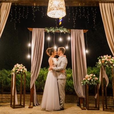 Five alternative ways to get married